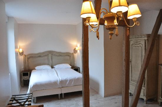 Hotel des Poemes de Chartres