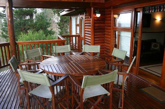 Phantom River View Cabins: Lulama - Deck