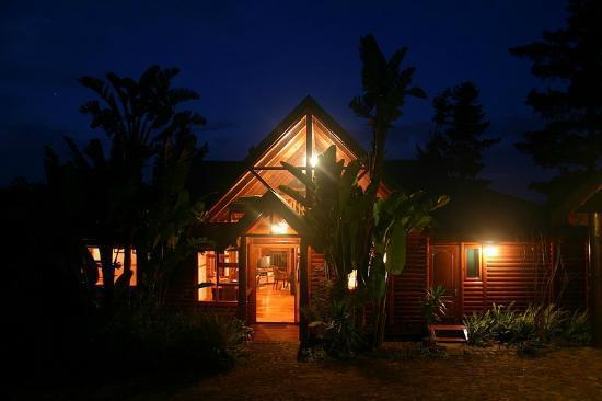 Phantom River View Cabins: Lulama - Exterior