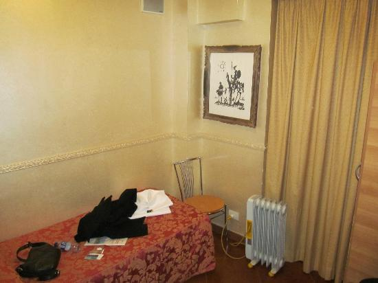 Hotel Picasso: Single Room
