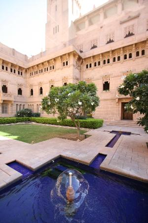 Umaid Bhawan Palace Jodhpur: Smaller Courtyar