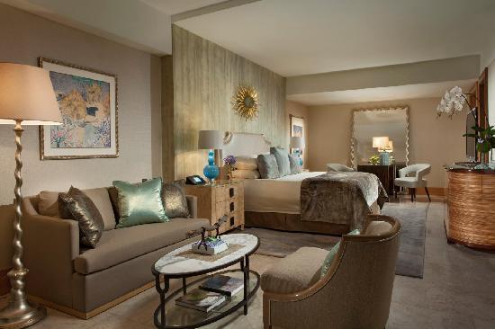 Mulia Resort: Royal Suite - Bedroom