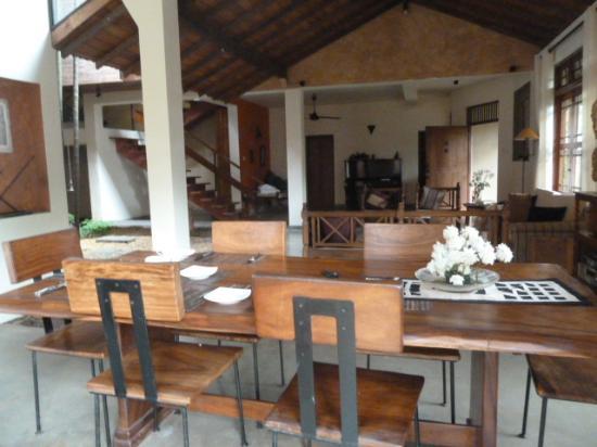 Highbury Colombo: Dining area