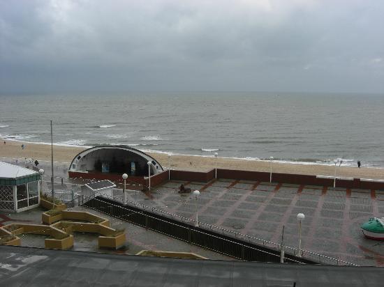 Strandhotel Monbijou: Balkonblick aus Zimmer 19