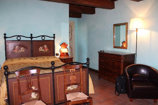 Castello di Petroia : Our room