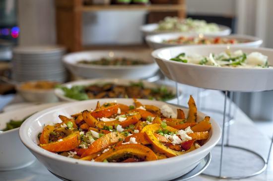 Best food in amsterdam travel guide on tripadvisor for Odette s restaurant month