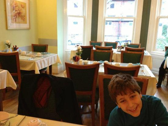 إيجانز جيست هاوس: Irish Breakfast 