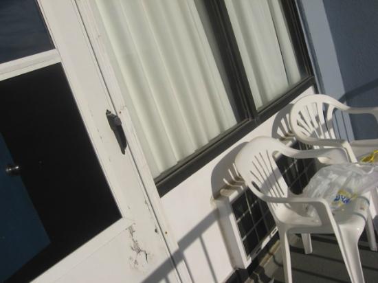 Fenwick Islander Motel: balcony
