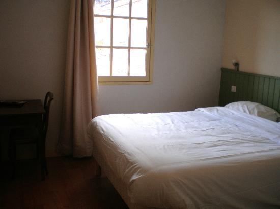 Hotel-restaurant Du Causse: Chambre confort