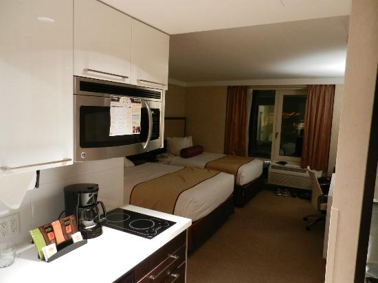 Staybridge Suites Times Square - New York City: Room 903