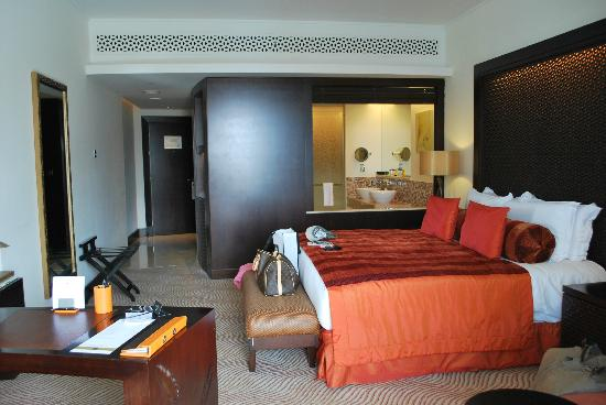 The Address Downtown Dubai: room