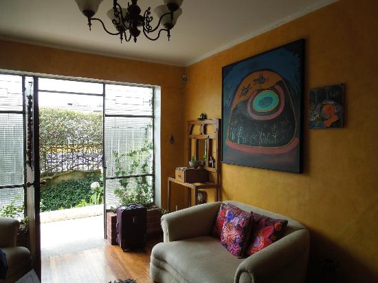 La Casa Amarilla : View from living room to outside
