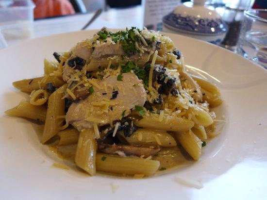 Pasini's Cafe: 1st nite Pasta