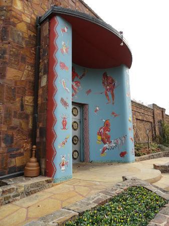 Woolaroc Museum & Wildlife Preserve: Woolaroc Museum Entrance