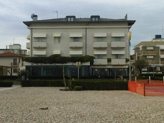 Fano, Italia: Dalla spiaggia