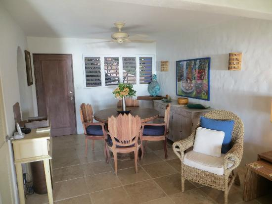 Frenchmans: dining area of Star Fruit villa