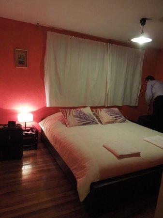 La Casa Amarilla : The Red Room