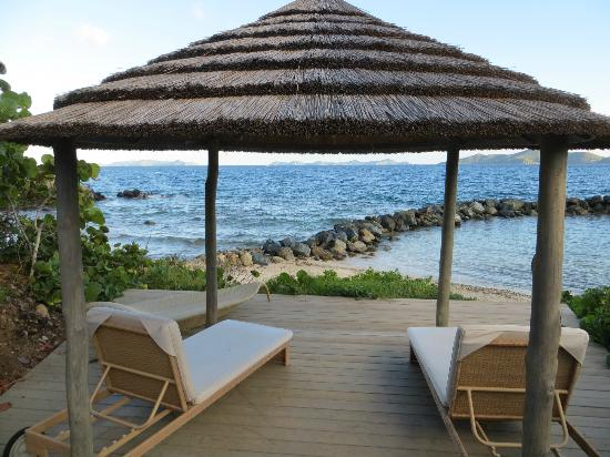Frenchmans : great cabanas on the beach, exellent place for a massage