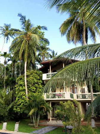 Shangri-Lanka Villa: View of villa