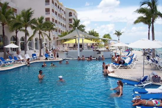 Cozumel Palace: Great Pool