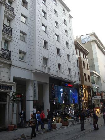 Grand ons hotel istanbul tyrkiet hotel anmeldelser for Dekor hotel istanbul