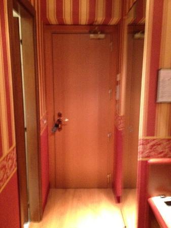 Hotel Garda: Small Room