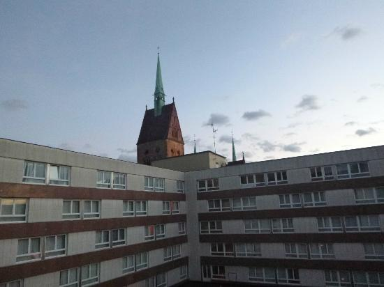 Mercure Strasbourg Centre: a view from breakfast room.
