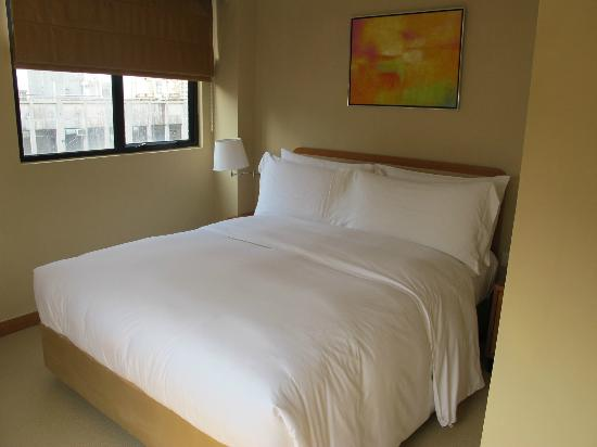 CHI Residences 314: Really comfortable bed!