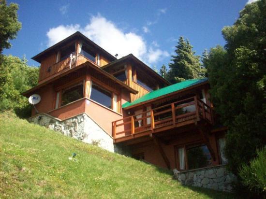 """Apart Hotel Cabañas Balcón al Lago: Cabaña """"El balcón de los ojos grandes"""""""