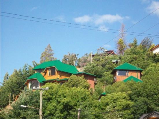 Apart Hotel Cabanas Balcon al Lago: Vista de las cabañas del Apart