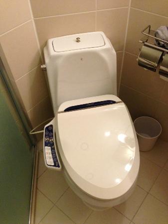 イビスアンバサダー釜山シティセンター, ウォシュレットつきのトイレ