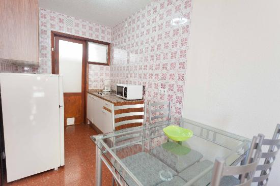 Las Gondolas Apartments : Cocina