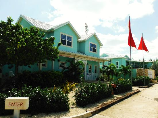Compass Point Dive Resort: Dive shop
