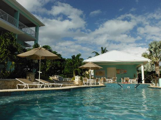 Compass Point Dive Resort: Pool and second phase condos
