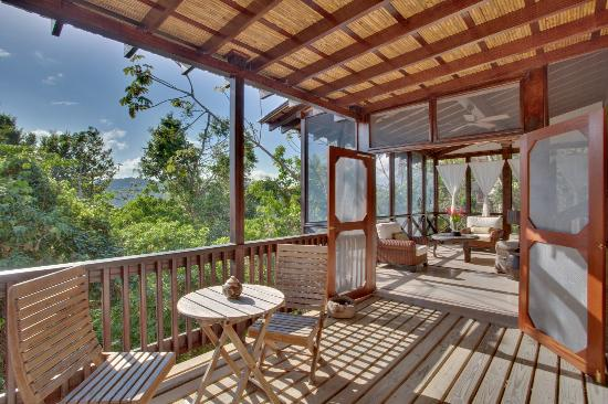 Belize Tree Houses : A Great Outdoor Patio