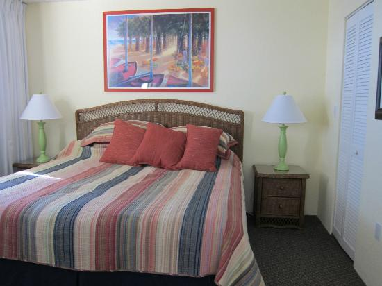 Sunrise Suites Resort: One of the bedrooms