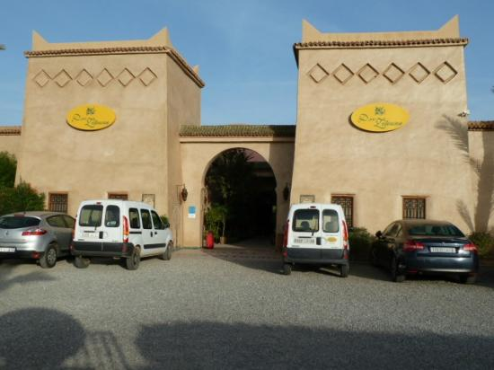 Hotel Dar Zitoune: Main entrance