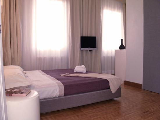Florent: luminosa camera da letto