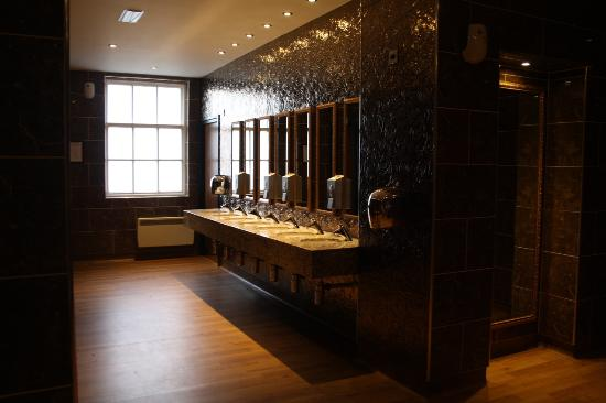 The girls bathroom picture of white house leicester for G bathrooms leicester