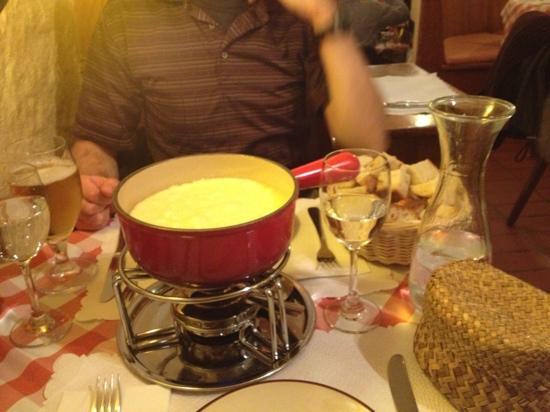 Raclette Stube: fondue for two!