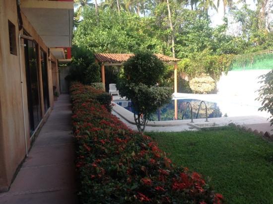 Hotel JB La Ropa: hotel jb zihuatanejo