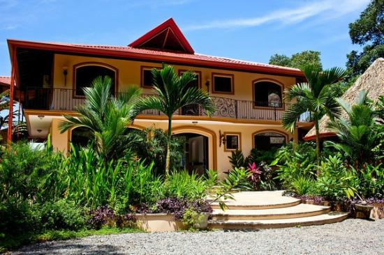 Villa Mareas: Entry to the Main Villa