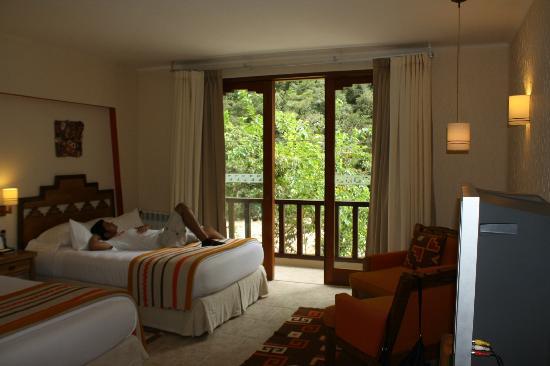 SUMAQ Machu Picchu Hotel: hotel room with fantastic view