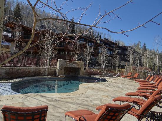 The Lodge at Vail, A RockResort: Pool with Hot Tub (Needs more light after dark)