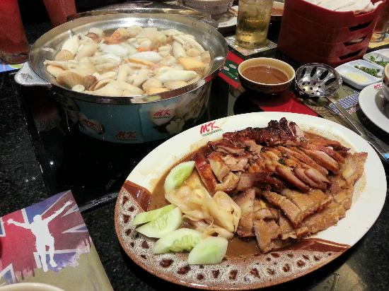 Steamboat, roast pork and roast duck - Picture of MK
