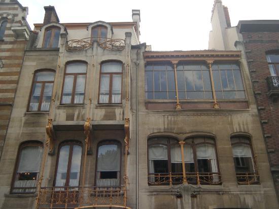 พิพิธภัณฑ์ฮอร์ตา: Horta Museum exterior