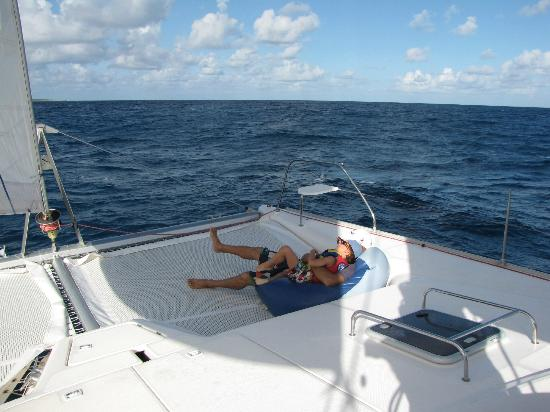 Private Yacht Charter SXM: relaxing