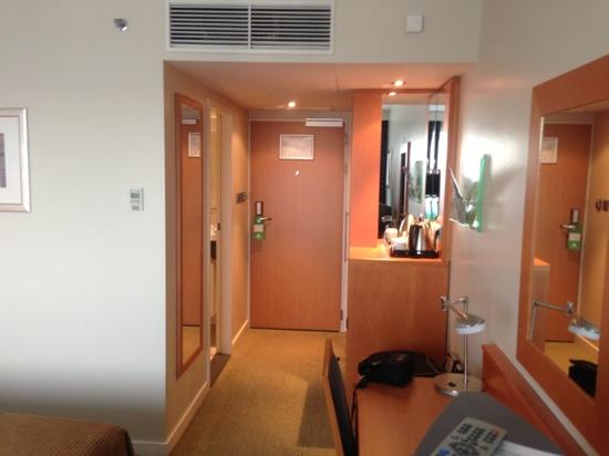 Holiday Inn Munich - City Centre: chambre