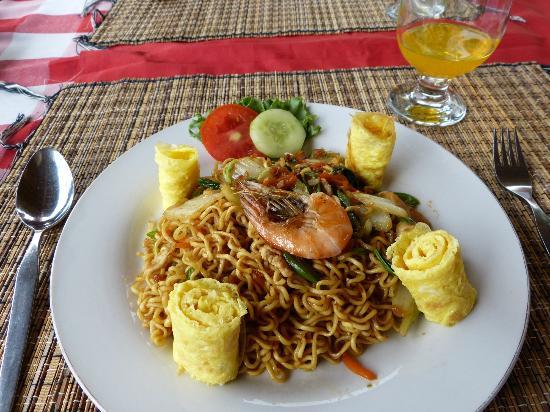 Karangsari Guest House: Mie goreng