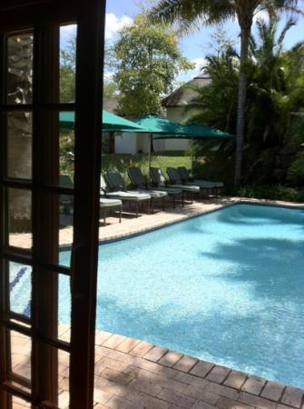 Woodall Country House and Spa: Pool